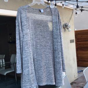 DIVIDED Light weight heather grey cardigan